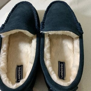 Boys Size 7 Lands End Sherpa Lined Slippers